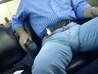 MJ - Huge bulge unde the jeans